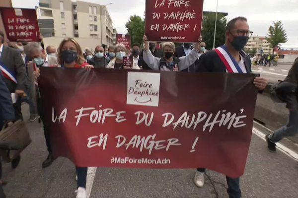 Dans les rues de Valence, la manifestation de soutien à la Foire du Dauphiné, dont l'édition 2021 est menacée - 13/7/21