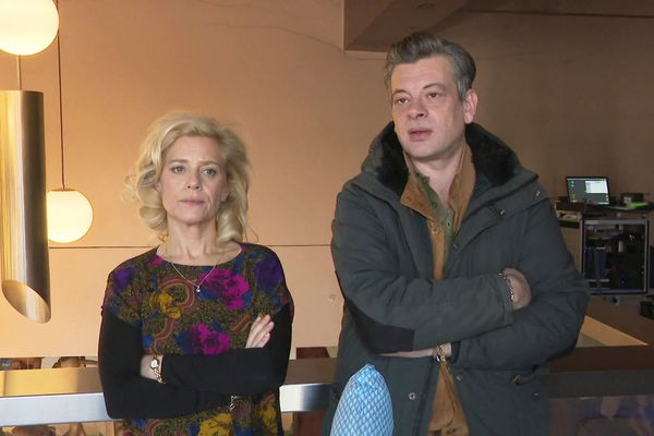 Marina Foïs et Benjamin Biolay en tournage en Dordogne pour Stella est amoureuse, un long métrage chronique de l'adolescence des années 80