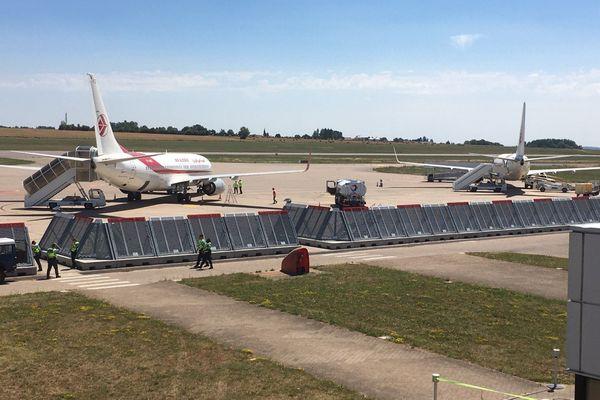 Des avions du gouvernement algérien sur le tarmac de Lorraine Airport pour une opération de rapatriement le 21 juillet 2020