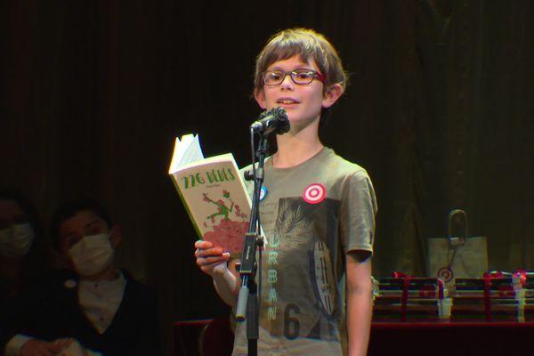 Raphaël, élève de CM2, représentait la Bourgogne-Franche Comté dans ce concours de jeunes lecteurs.