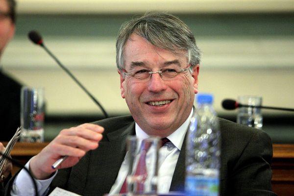Jean-René Lecerf, au conseil général du Nord, en 2012.