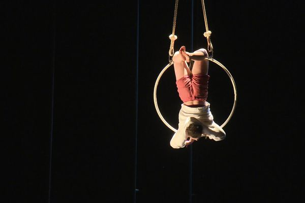 Les élèves du bac option cirque ont pu travailler sur une création, alors que les épreuves pratiques n'auront pas lieu en 2021