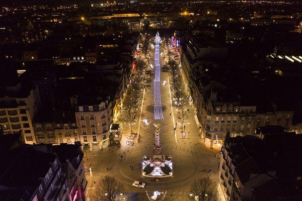 La Place Drouet-d'Erlon, à Noël.