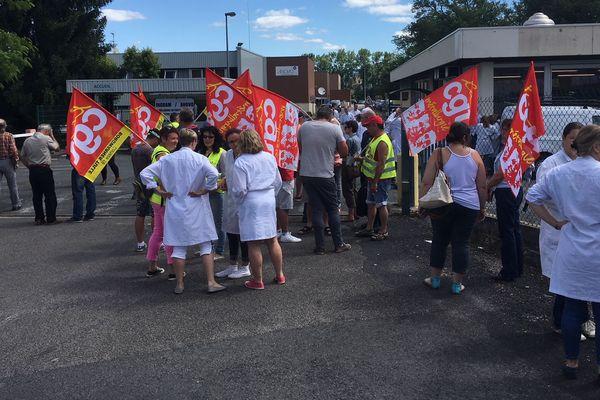 Les salariés de chez Anovo à Brive s'étaient rassemblés le 19 juin 2018 pour protester contre le plan social.