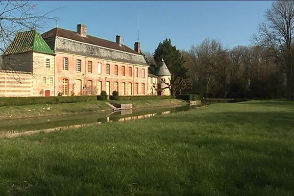 Le Logis des officiers du château de Braux-Sainte-Cohière(Marne)