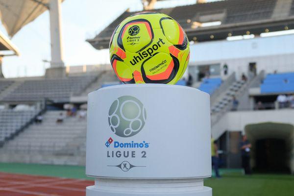 Le Paris FC joue à domicile contre Lens, au stade Charléty (Paris XIIIe).