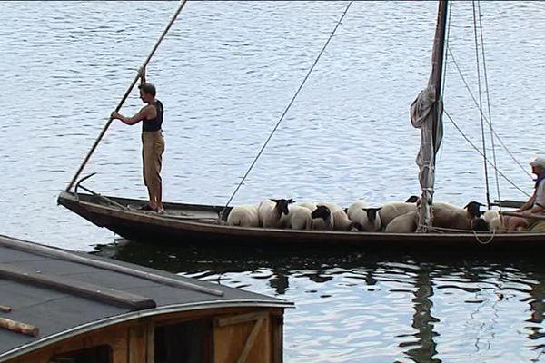 La Fête de la Loire permet aussi de voir évoluer des embarcations traditionnelles de la Loire