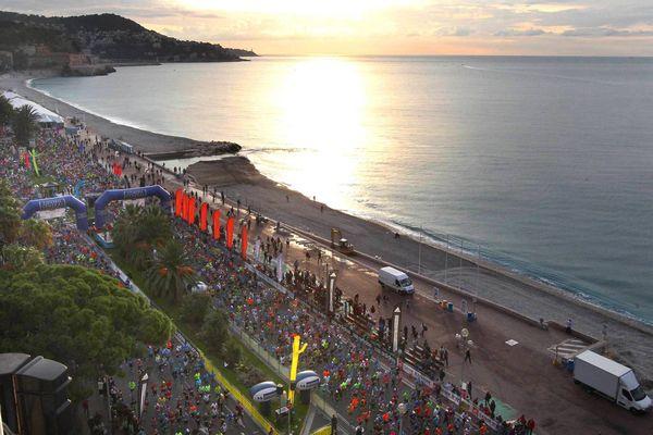 Marathon 2017 en chiffres : 13.000 participants, 1.600 bénévoles et 35.000 visiteurs. Image marathon 2014