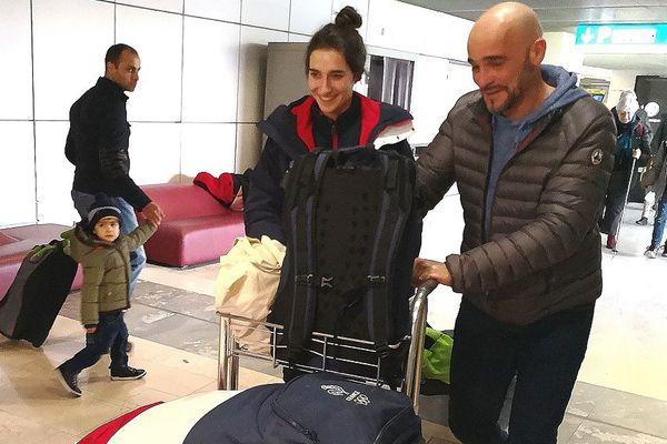 A son arrivée à toulouse-Blagnac, la championne olympique est accueillie par son oncle