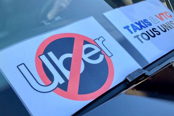 Manifestation contre l'implantation d'UBER