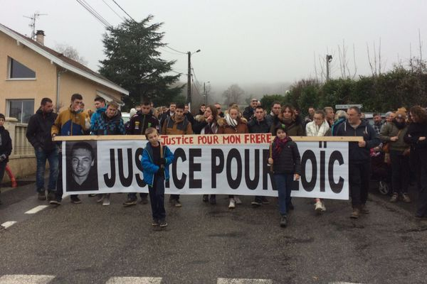 Manifestation à Crozet (Ain), le 16/12/2018