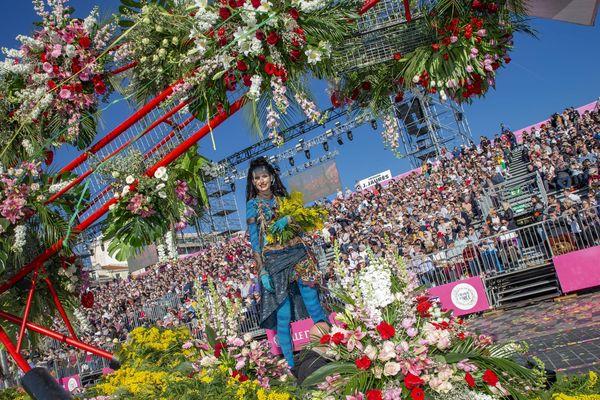 Le spectacle attire de nombreux spectateurs mais cette fois, tous n'ont pas pu entrer dans l'enceinte du périmètre du carnaval.