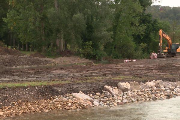 Les travaux effectués sur la Varenne vont permettre de restaurer la continuité écologique.