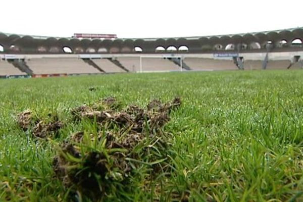 La pelouse du Stade Chaban Delmas