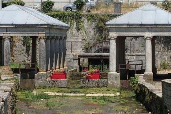 Le double lavoir d'Etuz dans le Doubs