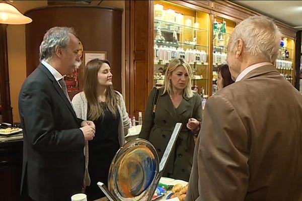 Le Président de la Chambre des Métiers et de l'Artisanat France, Bernard Stalter, estime que le mouvement des gilets jaunes a coûté plus de 50% de leur chiffre d'affaires à certaines petites entreprises.