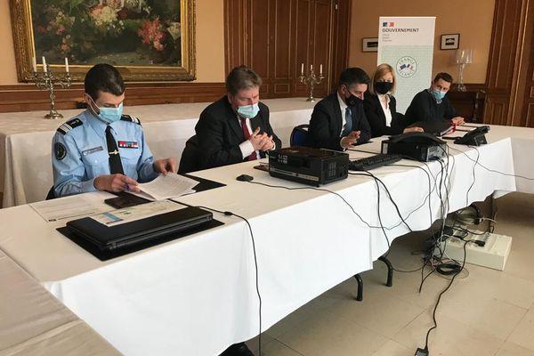 La conférence de presse à Charleville-Mézières