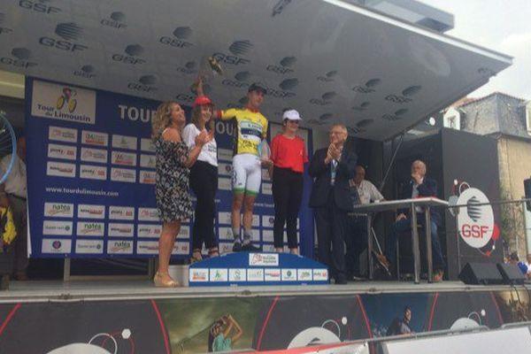 Elie Gesbert sur le podium