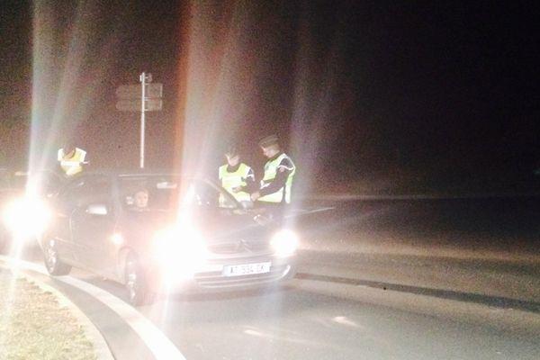 """Sortie de 'boite"""". Contrôle d'alcoolémie en Mayenne. Malgré """"Sam le conducteur"""", quelques retraits de permis..."""