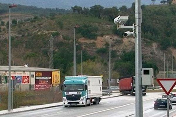 La Jonquera (Espagne) - 4 caméras de surveillance pour filmer les délits - mars 2016.