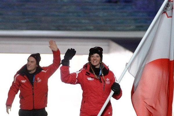 La vosgienne Elise Pellegrin, porte-drapeau lors de la scérémonie d'ouverture vendredi 7 février 2014, skiera pour Malte à Sotchi.