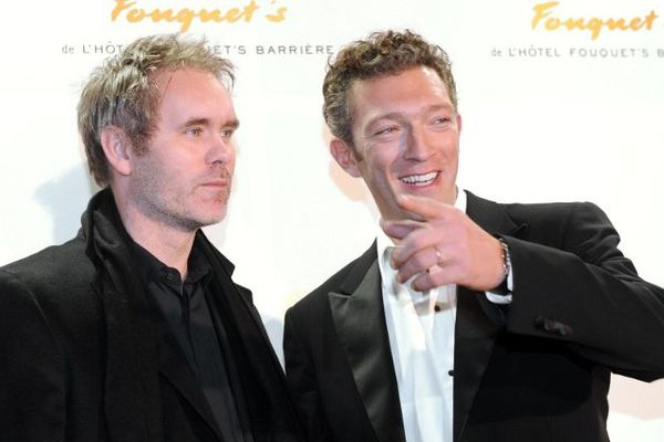 Jean-François Richet et Vincent Cassel en 2009, à Paris