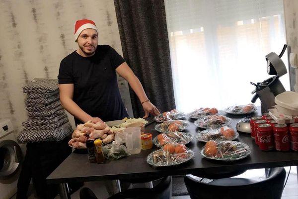 Aziz Mebarki a cuisiné des repas de Réveillon pour les sans abris de Charleville, Warq et Saint-Julien