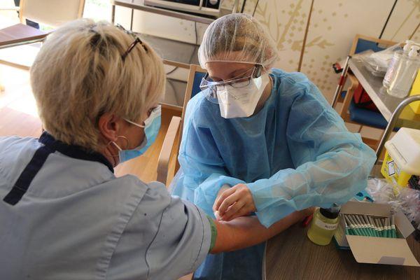 Dans la région des Hauts-de-France, 72 communes sont concernées par une vaste campagne de dépistage contre le coronavirus.