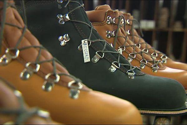 Depuis 1925, les chaussures du Soulor sont fabriquées dans un atelier à Pontacq en Béarn.