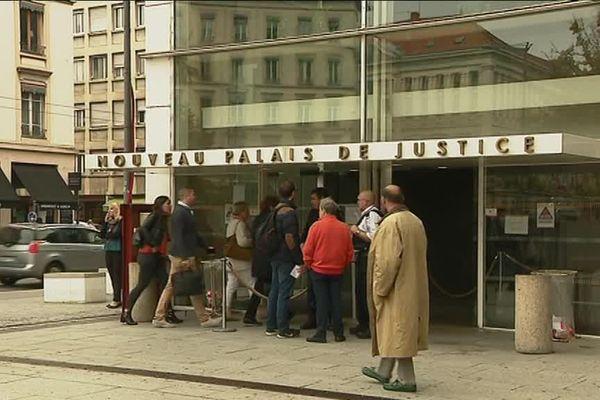 Le palais de justice de Lyon où étaient jugés les 4 policiers.
