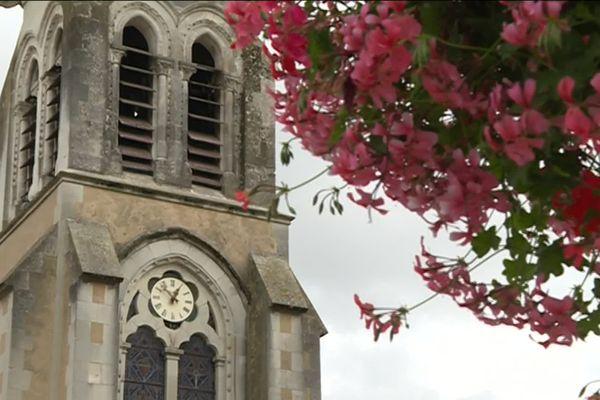 L'Eglise de la Suze-sur-Sarthe (72)