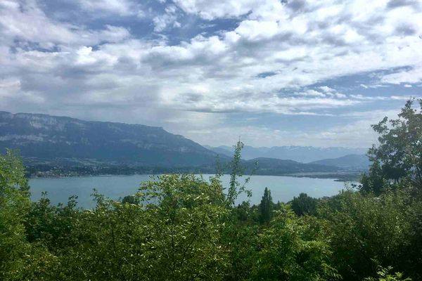 Lac du Bourget vu du col du Chat à Bourdeau en Savoie