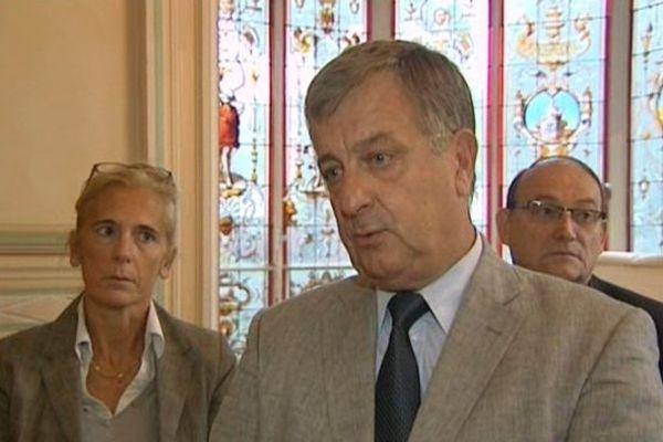 Régis Cauche, maire de Croix (UMP)