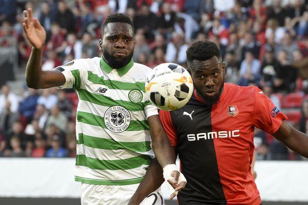 Après le match contre le Celtic de Glasgow, le défenseur rennais Joris Gnagnon (à droite) devrait jouer contre le LOSC pour la 6ème journée de Ligue 1