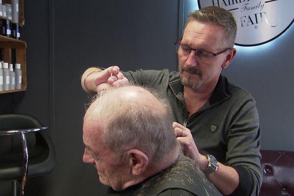 """N'oubliez pas de préciser """"Pas trop court"""" à ce coiffeur"""
