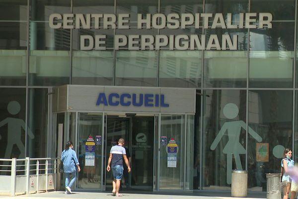 En ce début août, l'épidémie de Covid génère une situation de plus en plus tendue au centre hospitalier de Perpignan.