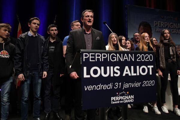 Louis Aliot (soutenu par le Rassemblement National) lors d'un meeting, le 31 janvier 2020, à Perpignan, en vue des élections municipales.