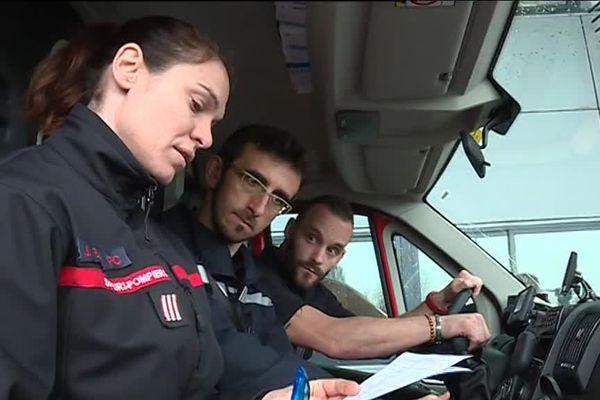 Femme sapeur-pompier au SDIS 40