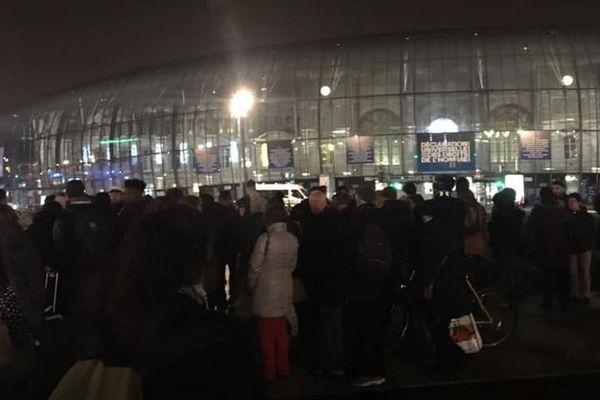 Photo de la gare de Strasbourg évacuée