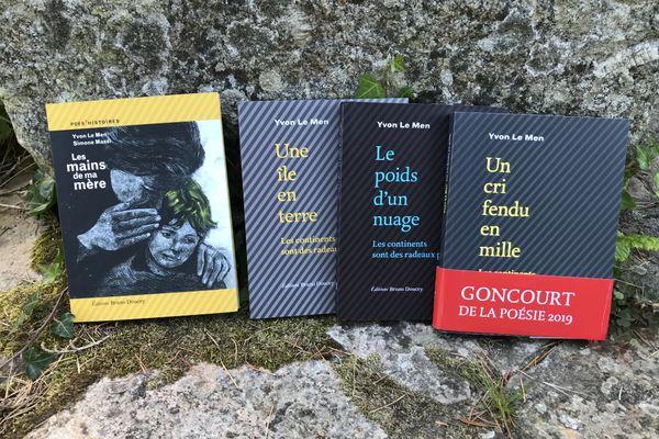 """""""Les mains de ma mère"""" et """"Les continents sont des radeaux perdus"""", les dernières publications d'Yvon Le Men"""