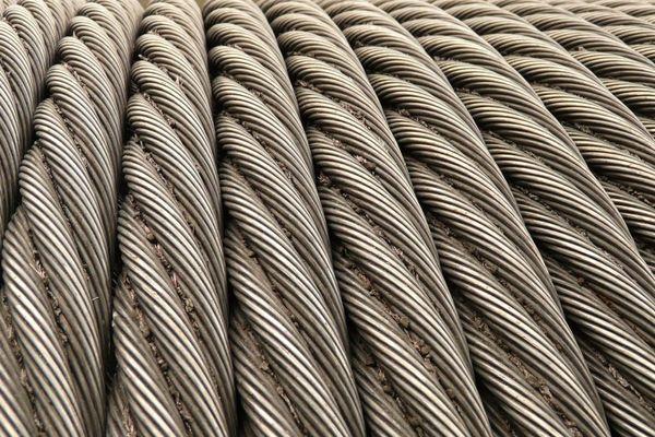 Des câbles en acier (image d'illustration)