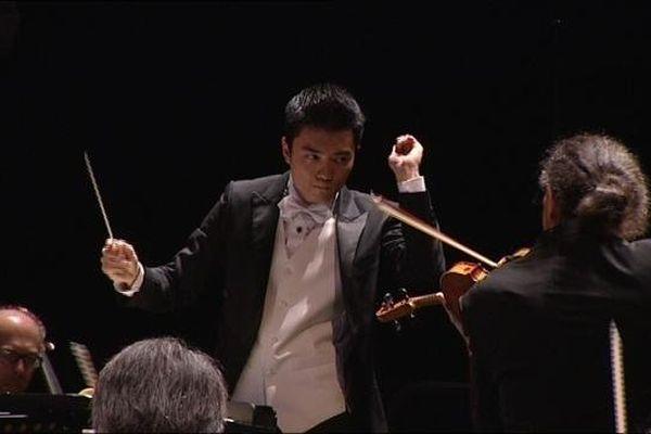 Yao-Yu Wu, vainqueur du 53ème concours de jeunes chefs d'orchestre de Besançon