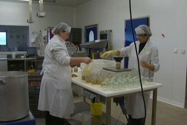 Argoules (80) : conserverie de coques de la Baie de Somme