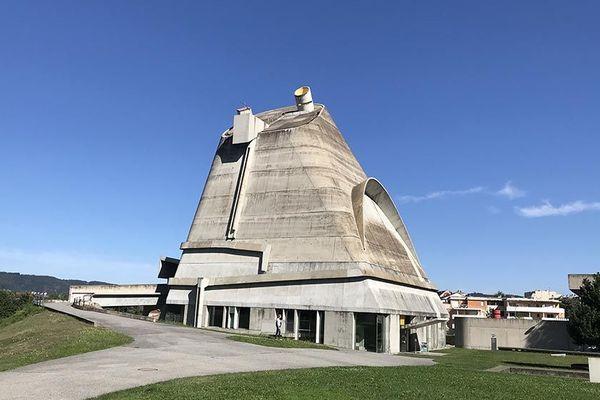 Eglise Saint-Pierre de Firminy par Le Corbusier