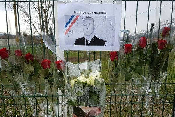 Hommage à Arnaud Beltrame à Saint-Jean-de-Bournay