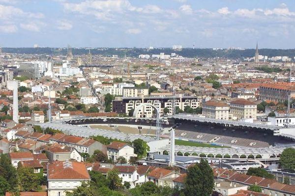 C'est au stade Chaban-Delmas de Bordeaux que La Rochelle et Agen se disputeront une place dans le Top 14, dimanche prochain.