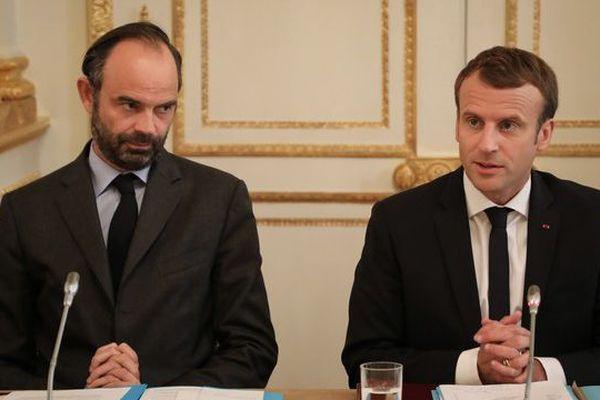 """Emmanuel Macron et Edouard Philippe saluent """"l'engagement"""" des pilotes. (Photo d'archives)"""