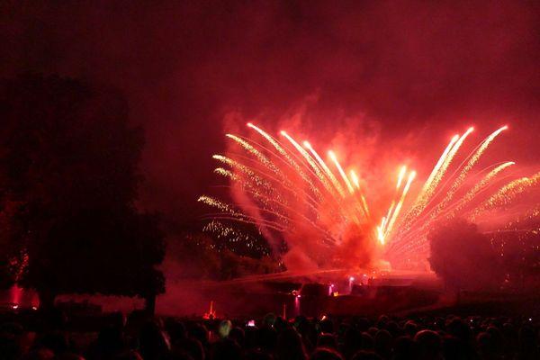 Feu d'artifice Rogny-les-Sept-Ecluses 2018