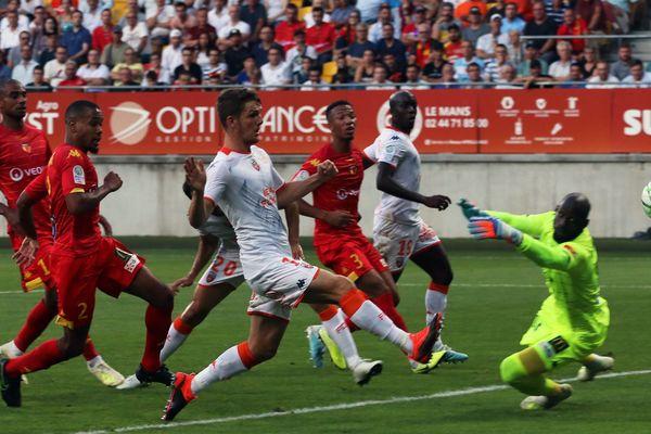 Le Mans FC s'incline pour la 5e fois consécutive face à Lorient.