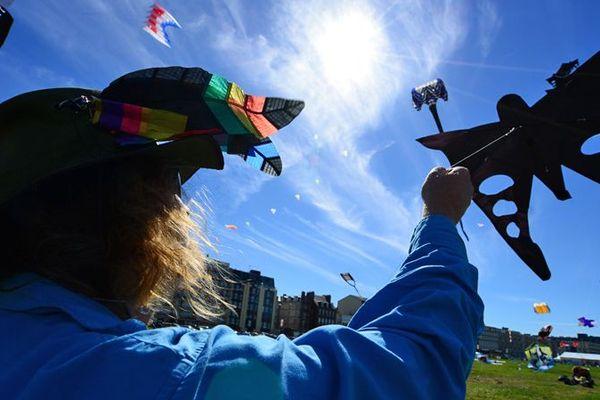 Les cerfs-volistes du monde entier vont rivaliser au 20e festival de Dieppe